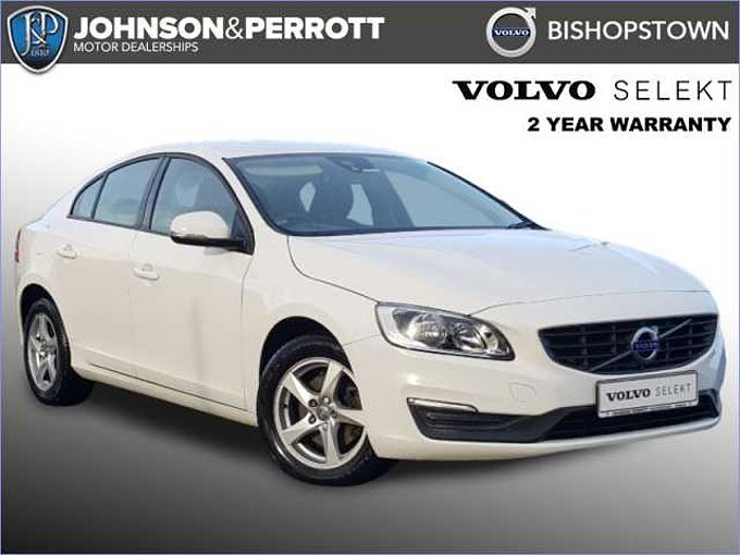 Volvo S60 D2 Business Edition (Navigation, Cruise Control, Rear Parking Sensors)
