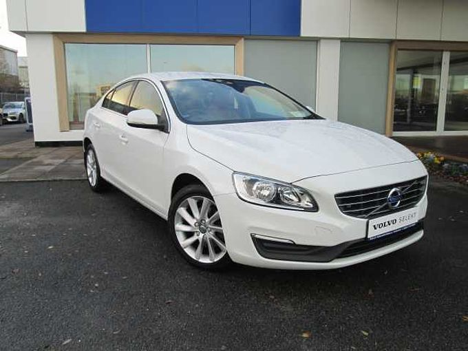 Volvo S60 D2 SE Automatic (City Safety, Heated Seats, Reversing Sensors)