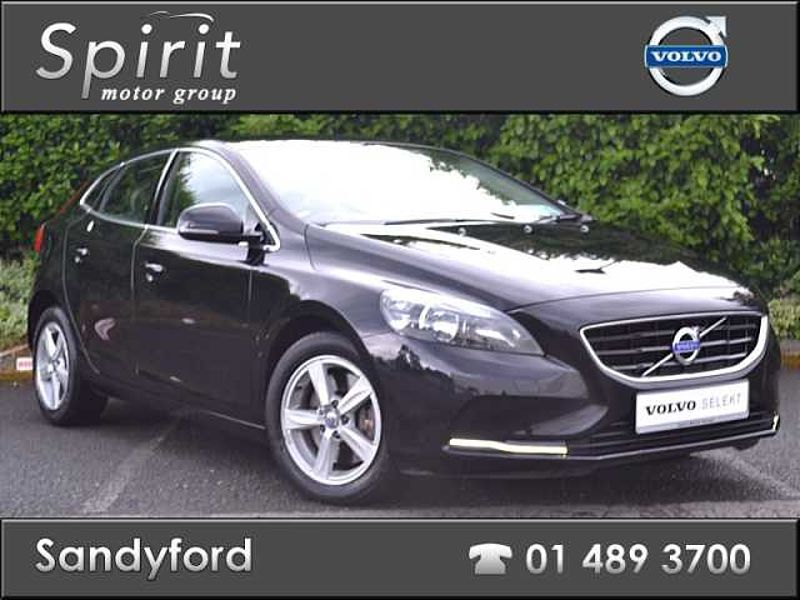 Volvo V40 D4 SE 190 HP Manual