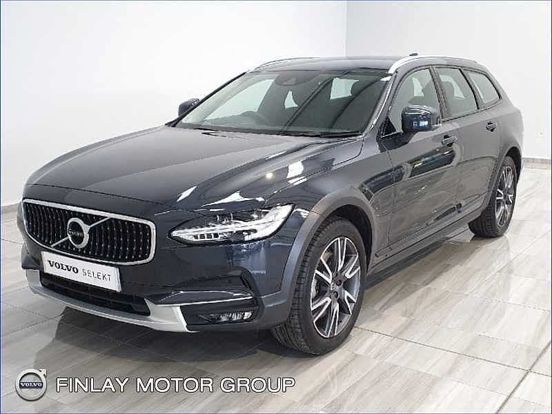 Volvo  D4 AWD Cross Country Plus Automatic Heads up display , Winter Pack , Keyless